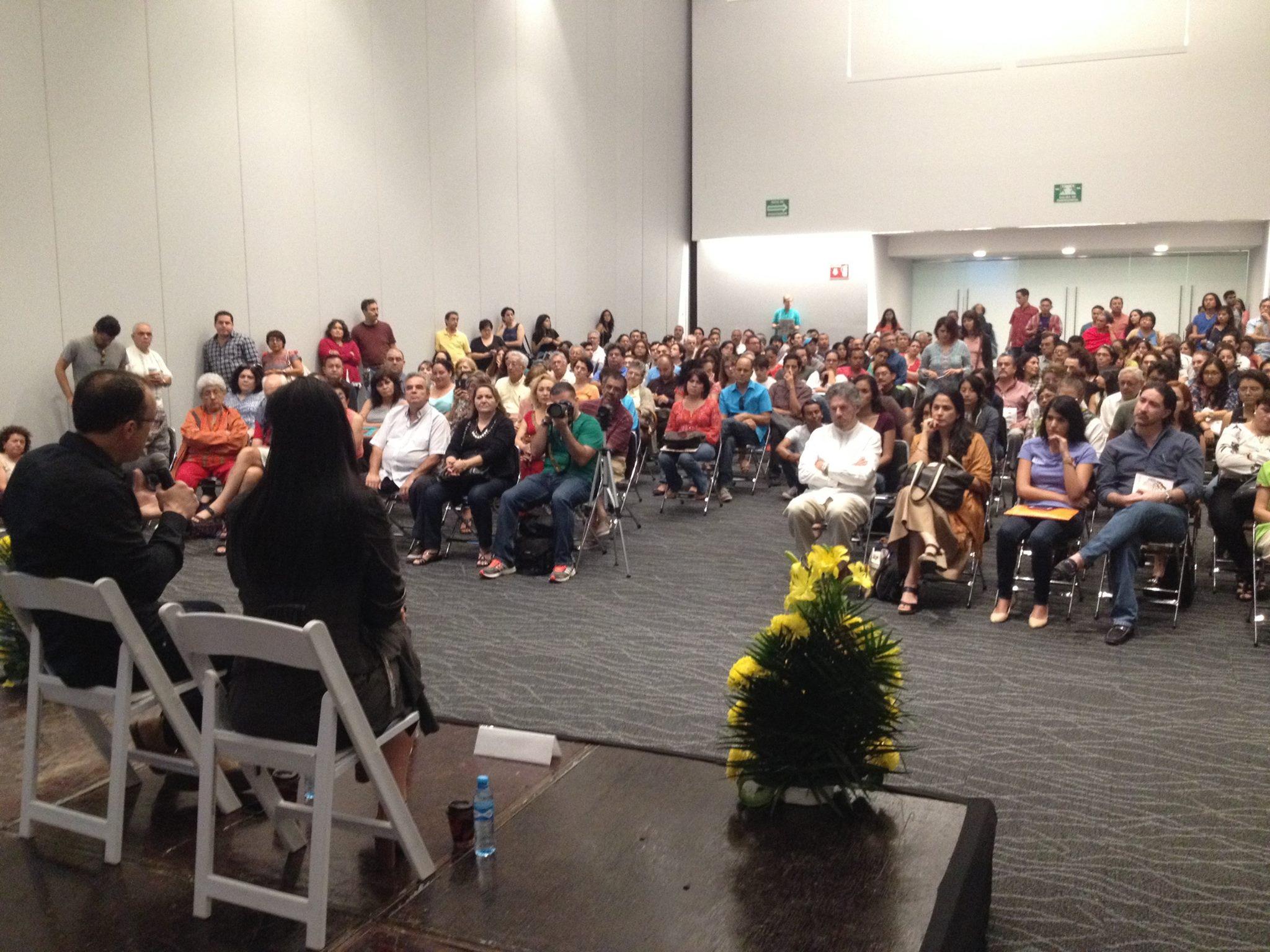 Lydia Cacho en la presentación de su libro.