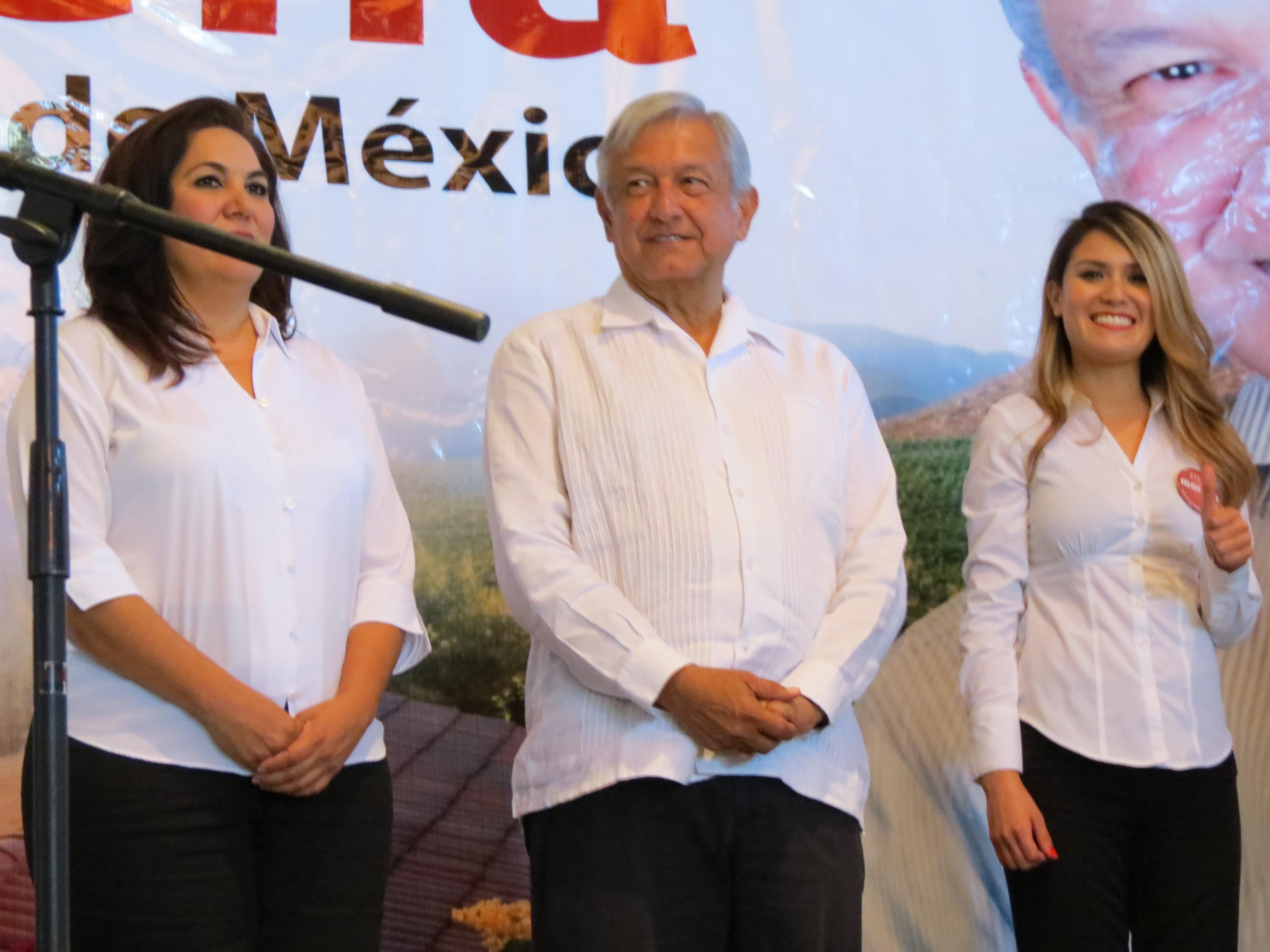 """""""El Peje"""" no tuvo protestas en Ensenada. Foto: Juan Carlos Domínguez"""