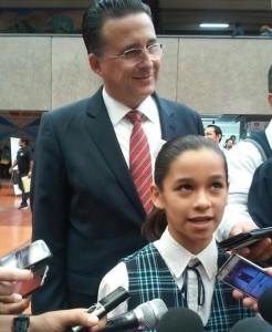 Laura del Carmen Muñoz Torrero, designada Niña presidenta, en el marco de los festejos del Día del Niño.
