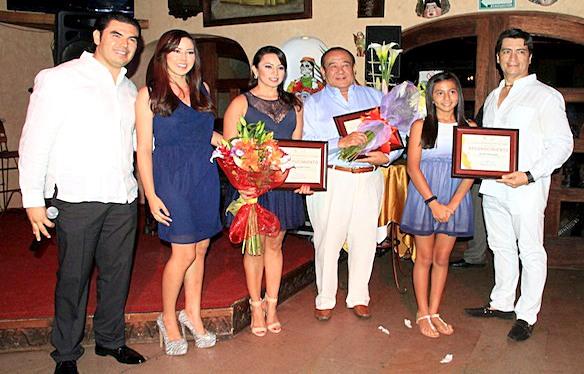 """En los tiempos mozos de los hermanos Narciso y Jose Antonio Agundez Montaño, Ray Sakura Okamoto, fue reconocido por el llamado """"Grupo de Los Cabos"""" en el año 2013, cuando """"Tropicana Inn"""", cumplio 28 años"""