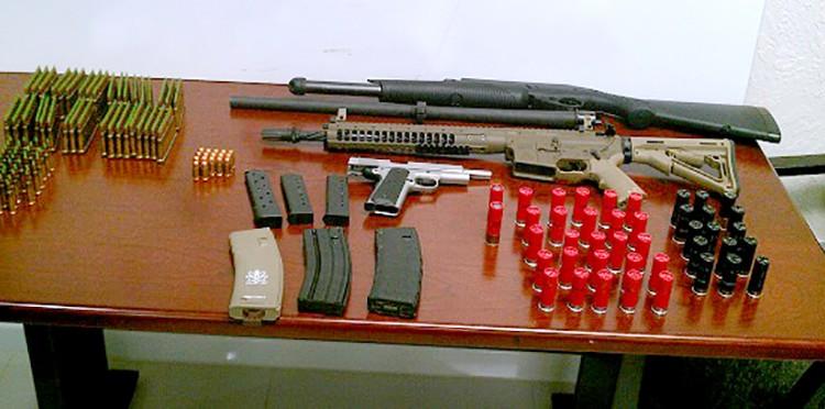 El arsenal con el que Tahmooressi fue detenido en su entrada a Tijuana. Foto: Archivo ZETA