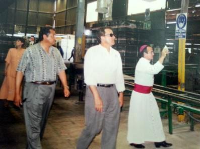 Foto: Internet/Bofante durante la inauguración de la planza Zahori