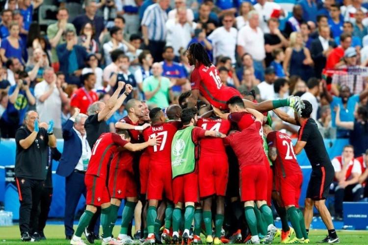 Cristiano Ronaldo deja la final de la Euro por lesión