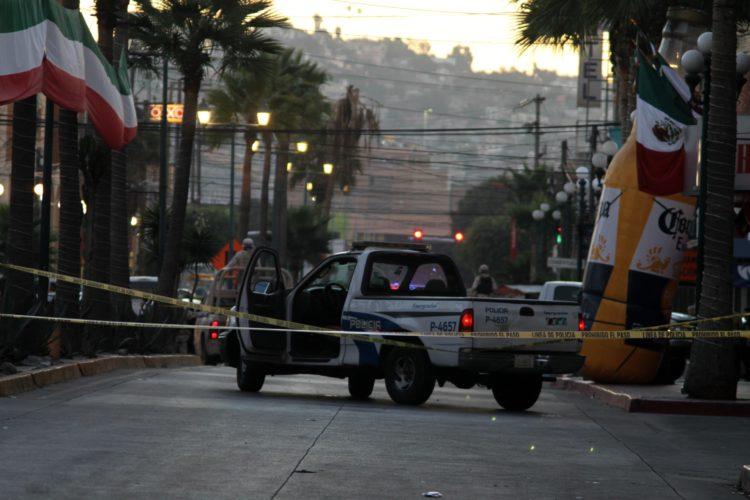 Asesinan pistoleros a policía de Tijuana