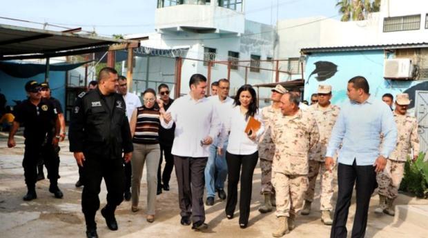 Autoridades investigan a funcionarios que participaron con miembros de la delincuencia organizada en el cereso de la paz