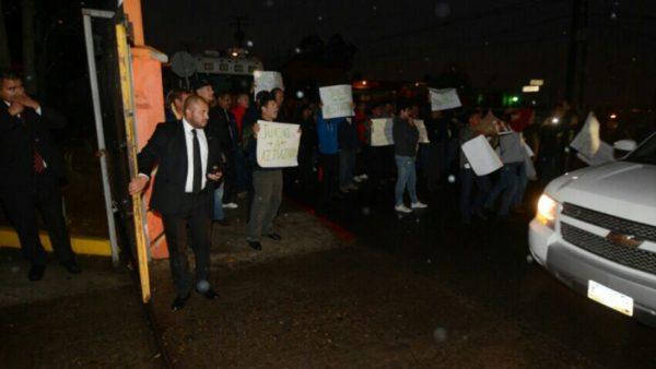 La llegada del alcalde y los disidentes del SITT