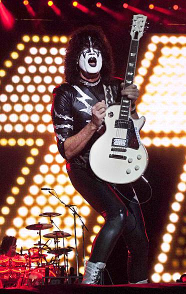 concierto de Kiss en estadio gasmart, tijuana