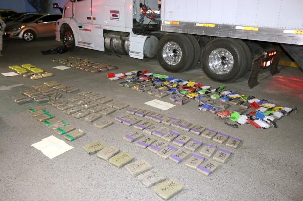 142 paquetes conteniendo 45 kilos de cocaína y 65 de cristal fueron incautados en Pichilingue, droga que podría ser distribuida entre niños y jóvenes de BCS