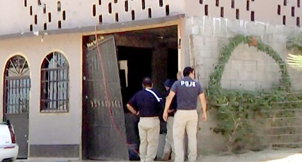 Los domicilios de El Zacatal de San Jose del Cabo fueron practicamente reventados a plomo por sicarios fuertemente armados