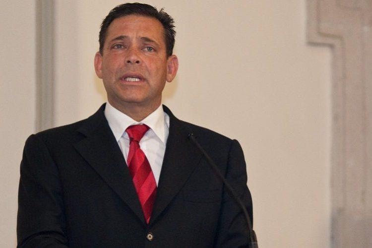 Suspenden extradición de Eugenio