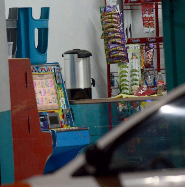 LA CORRUPCIÓN MANDA: Minicasinos, negocio de narcos al que nadie le quiere entrar Maquinas-5-591x600