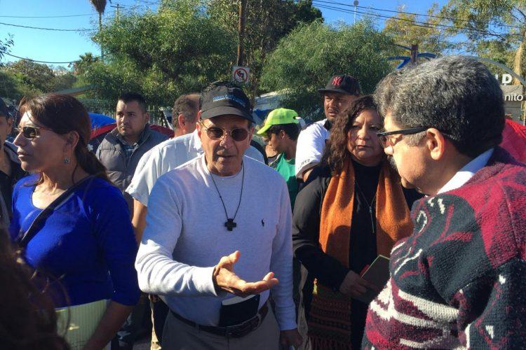 Más de cinco mil migrantes continúan en Tijuana, México