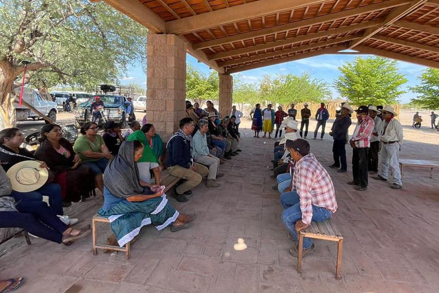 Reuniones de la Tribu Yaqui y la Comisión Nacional de Búsqueda, entre el 18 y 20 de agosto de 2021, en Loma de Bácum, Sonora. Crédito: Rastreadoras de Ciudad Obregón.